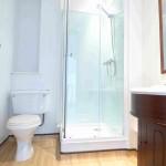 q3-shower-room